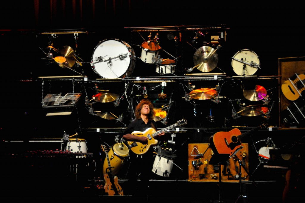 Pat Metheny Orchestrion Barcelona 2010; źródło: wikipedia.org.